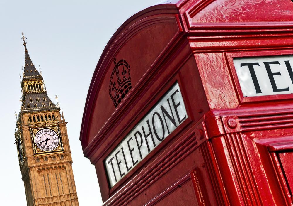 Big Ben e cabine telefônica em Londres