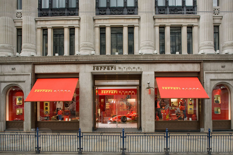 Loja da Ferrari na Regent Street